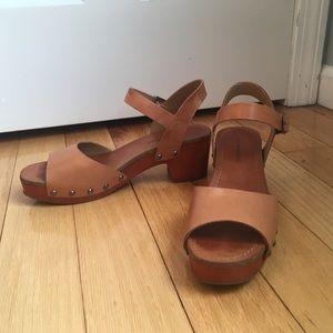 Lucky Brand clog sandals